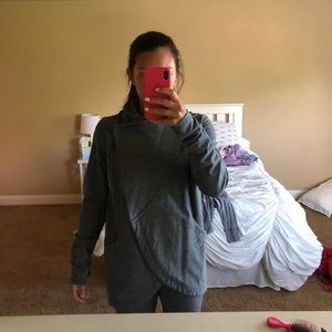 Lululemon Wrap Grey Jacket/ 12